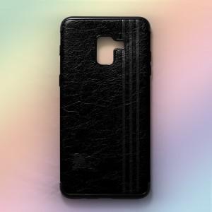 Ốp lưng da Samsung Galaxy A8 2018 khắc hình Burberry (Đen)