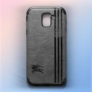 Ốp lưng da Samsung Galaxy J6 2018 khắc hình Burberry (Xám)