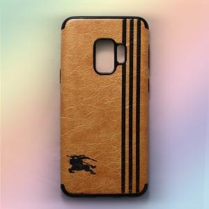 Ốp lưng da Samsung Galaxy S9 khắc hình Burberry (Vàng)